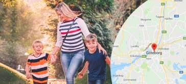 Nanny i Göteborg på promenad med barn